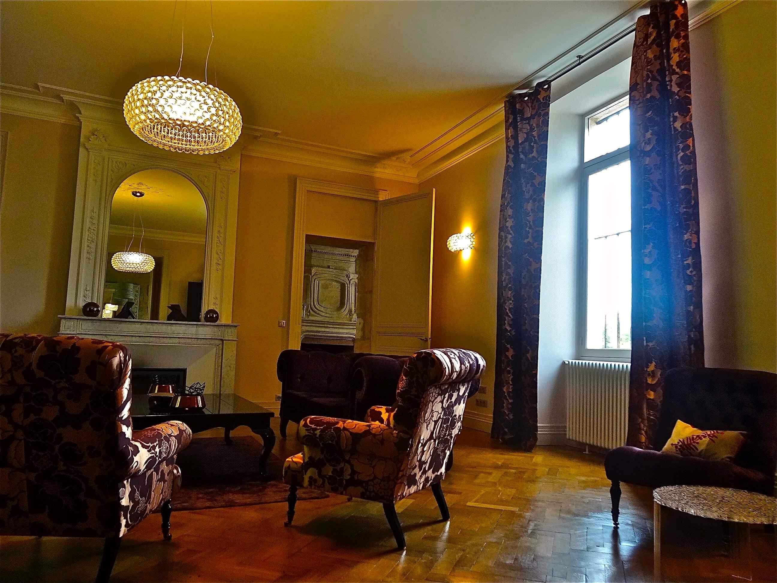 et la lumi re boutique de luminaires design contemporains lampes au plafond. Black Bedroom Furniture Sets. Home Design Ideas